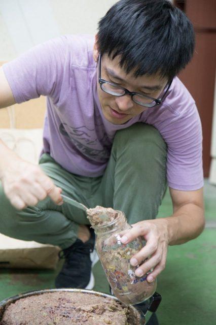 石臼で挽いたオリーブ